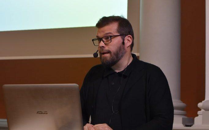 Simo Vehmas på funktionsrättsseminarium
