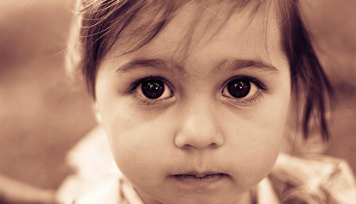 Invandrarbarn med funktionsnedsättning faller lätt mellan stolarna featured image